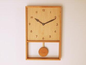 木製 箱型 振り子時計 ケヤキ材8の画像