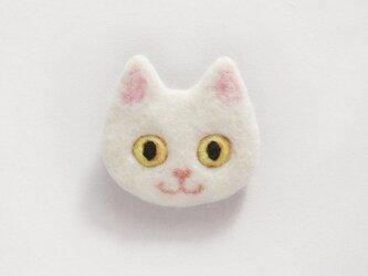 【受注制作】猫顔フェルトブローチ(しろ)の画像