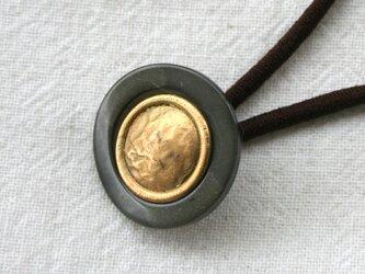 フランスアンティークボタンへアゴム/グリーン&ゴールドメタル(AFB-082)の画像
