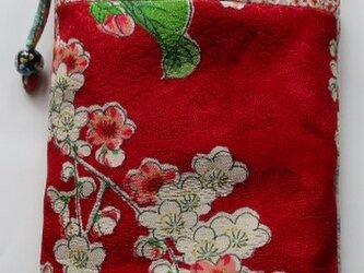送料無料 絞りと花柄の着物で作ったスマホポーチ 4028の画像