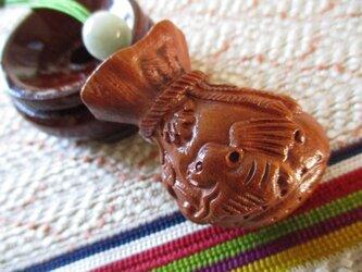 福寶袋と古銭 双福の蝙蝠彫り 花梨木 ミャンマー翡翠 お紐仕立てストラップの画像