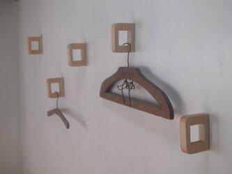壁付けハンガーフック コートフック  / 国産ヒノキの画像