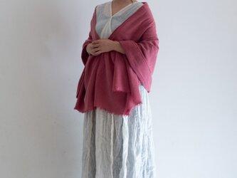 春待ち 濃紅色<茜染×蘇芳染> ウールリネンのストール の画像