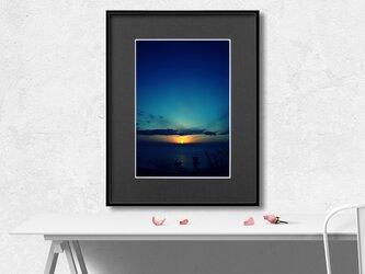 【額装写真】Sunrise Blue【A4 アートフォト】ウェルカムボード、メッセージボードへのオーダー承りますの画像
