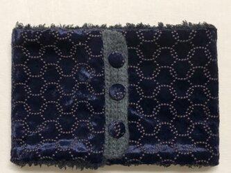 ベロア サークル刺繍柄(ネイビー)+ふわふわプードルファーのネックウォーマーの画像