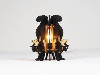 「黒ねこと白ねずみ」木製フロアランプの画像