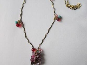 キュートなチェコビーズのネックレス  の画像