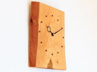 サクラの耳付き板の時計 5の画像