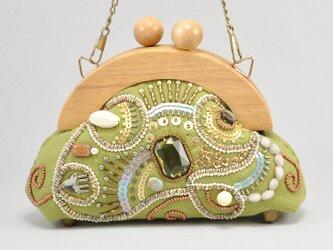 木製フレームのがま口バッグ sparkle ミニサイズ 黄緑の画像