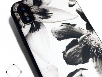 iphoneXSMAXケース / iphoneXSMAXカバー レザーケースカバー(花柄×ブラック)ホワイトフラワー XsMAXの画像