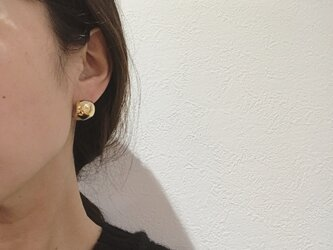 送料無料 真鍮耳に寄り添うcurlピアス bigtypeの画像