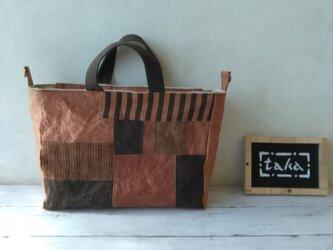 柿渋染トートバッグ パッチ 「チョコレート・ボックス」の画像