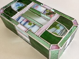 ガラス製ティッシュカバー 『シークレット フラワー』 by ベイビューの画像