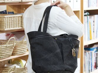 markt-クロ(タンニン染め帆布×杤木レザーバケツトートバッグ)の画像