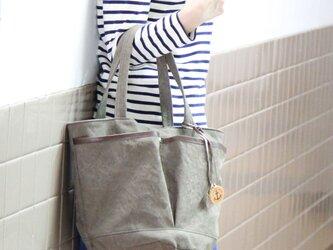 markt-オリーブ(タンニン染め帆布×杤木レザーバケツトートバッグ)の画像