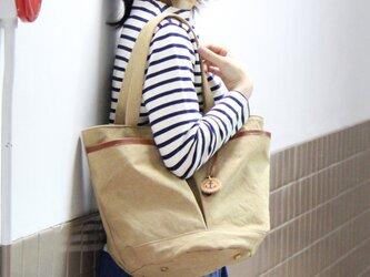 markt-タン(タンニン染め帆布×杤木レザーバケツトートバッグ)の画像