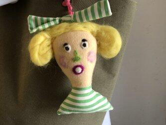 女の子の人形 Fの画像