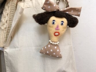 女の子の人形 Hの画像