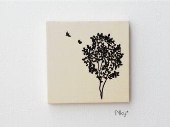 木と小鳥のファブリックパネル M-801◆生成り/黒の画像