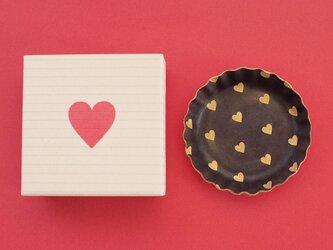 チョコ+ハート ) 本革 ビスケット型 アクセサリー トレイ 小物入れ ギフトbox付の画像