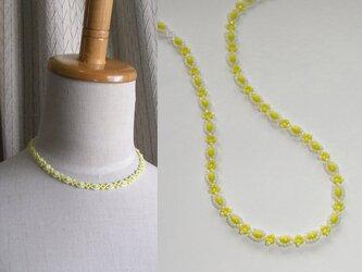 margaret*黄 ビーズオフルームネックレスの画像