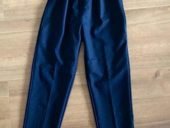 【ウェスト:XS〜Lサイズ対応】背が低い人のためのウールアンクル丈パンツの画像
