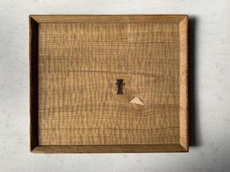 クリの木の角盆の画像