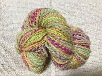【手紡ぎ糸(スピンドル)の販売です✨】  メリノウール 82gの画像