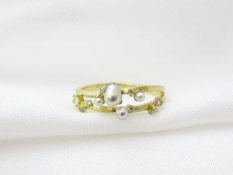 金の小枝 上村真珠のあこやケシ真珠2連リングの画像