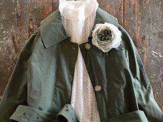くしゅくしゅ薔薇-シルバーグリーン。。。入学式や結婚式にも。suMire-bouquet布花コサージュの画像
