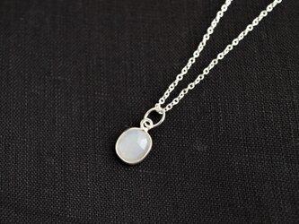 Silver ホワイトムーンストーンのネックレス(M)の画像