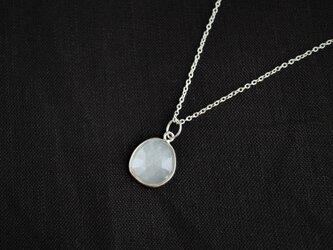 Silver ホワイトムーンストーンのネックレス(L)の画像