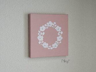 桜リースのファブリックパネル M-102◆サーモン/白-銀の画像