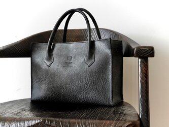 イタリアンレザーのトートバッグ/チャコールグレーの画像