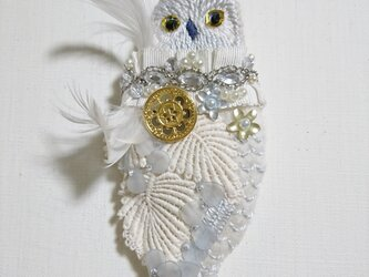 IRODORI AZ brooch(白フクロウ)の画像