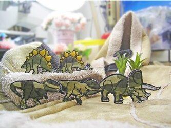 人気の恐竜テラノサウルス他3点/カモフラージュb★ワッペン5-2枚10-1枚の画像