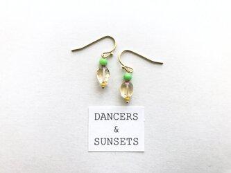 シトリン ピアス〈Tiny Dancers:SUMMER FRUITS〉の画像