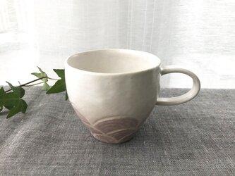 淡雪色 レリーフ模様のマグカップ 02-4の画像