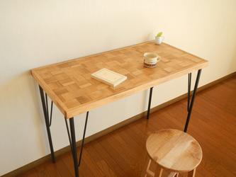 市松模様のカフェ机【チーク単色市松】の画像