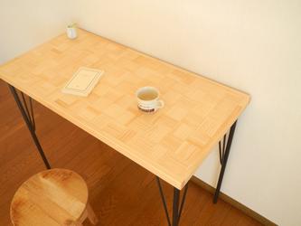 市松模様のカフェ机【ナチュラル単色市松】の画像