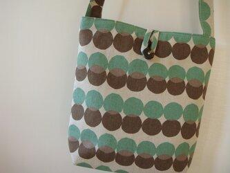 ショルダードロップバッグ 茶×グリーンの画像