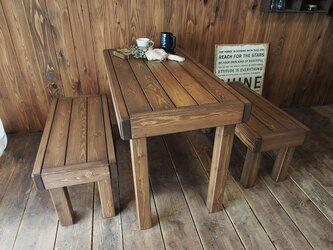 ~北欧風アンティーク調~  ダイニングテーブル・ベンチ2脚の3点セットの画像