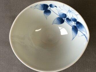 染付野の草花シリーズ だ円鉢 てっせんの画像