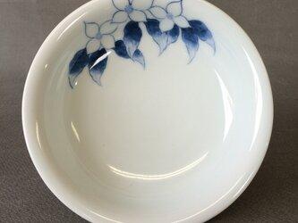 染付野の草花シリーズ 五寸皿 やまぼうしの画像