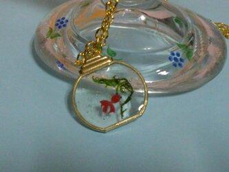 レジン 金魚ネックレスの画像