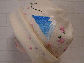 圧縮ウールニット生地で作ったニット帽(富士山と桜)の画像