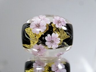 桜のとんぼ玉(ガラス玉)金箔入りの画像