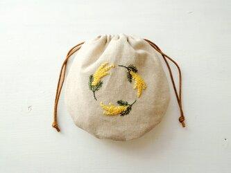 まあるい 刺繍巾着 ミモザ【受注製作】の画像