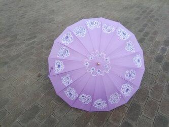 「白い花の夢」着物、和装にあうモダンフラワー パラソル 16本骨傘【UV対策·晴雨兼用】プレゼントに最適の画像