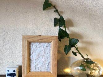手刺繍 壁飾り  ホワイトガーデンの画像